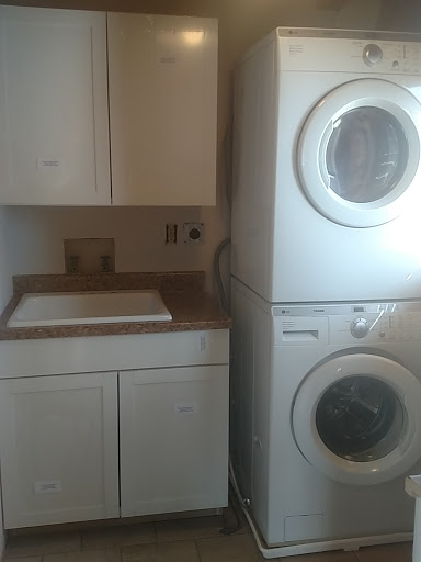 Laundry Room: Paint, Cabinets, and Countertops